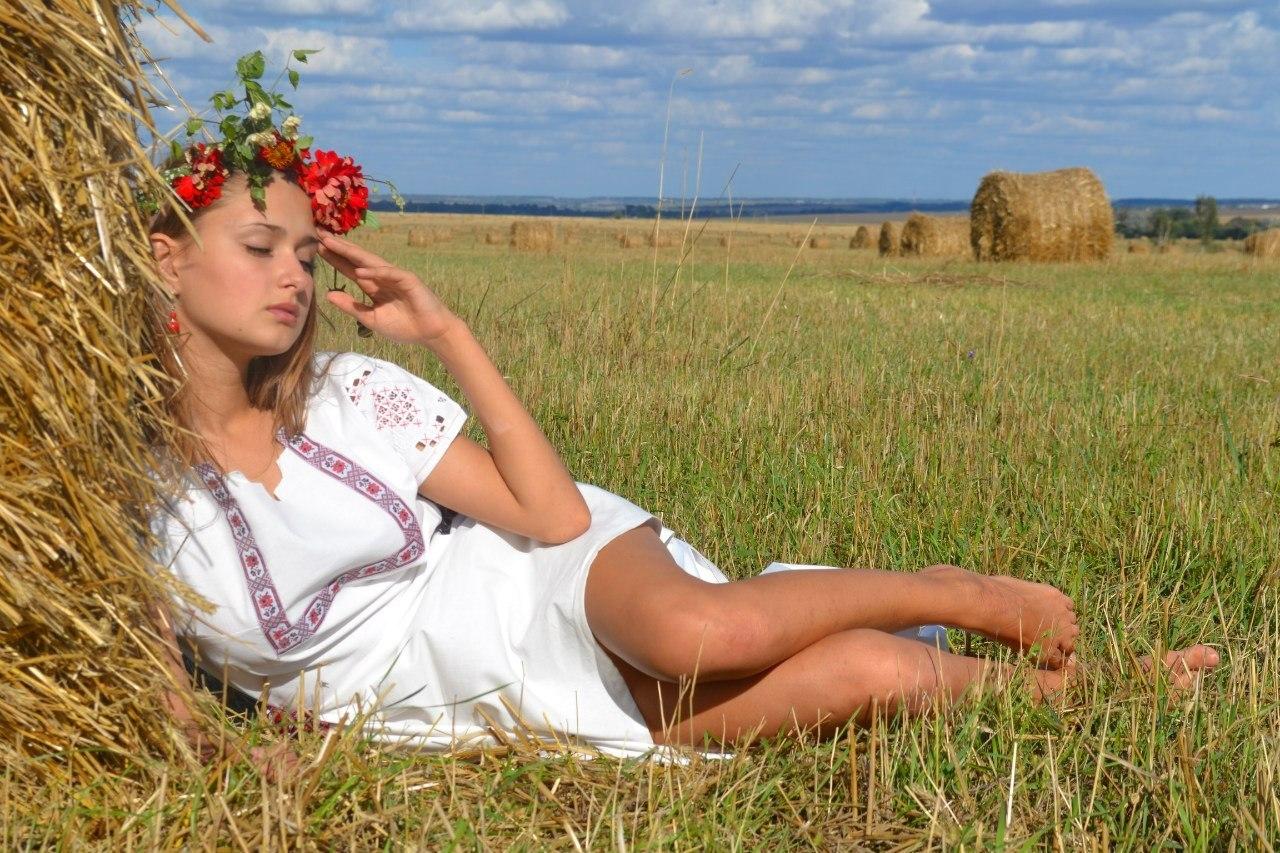 Фото ню русские девушки хорошая